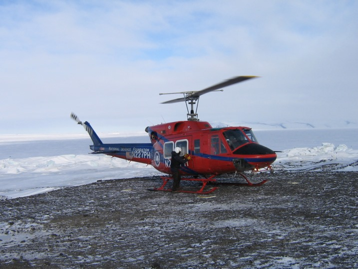 Helicopter_to_BLI.jpg (118500 bytes)